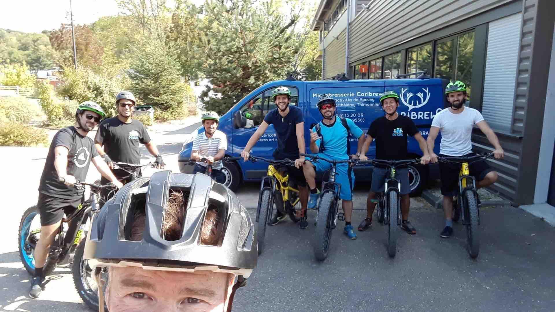 Les entrepreneurs chez Caribrew, MyTechnology, DG SKID avec le responsable de la pépinière de la vallée du Garon à Brignais
