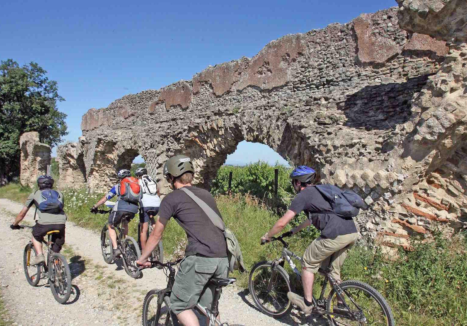 L'incontournable aqueduc Romain du Gier, à VTT !